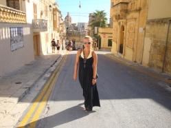 plimbare de strazile din Gozo Malta