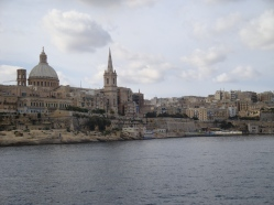 Valletta de pe mare