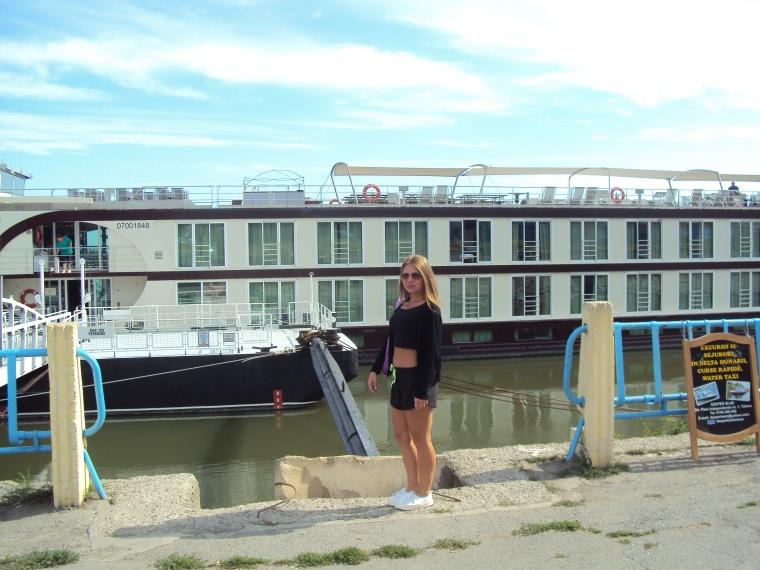 Tulcea - hotel plutitot