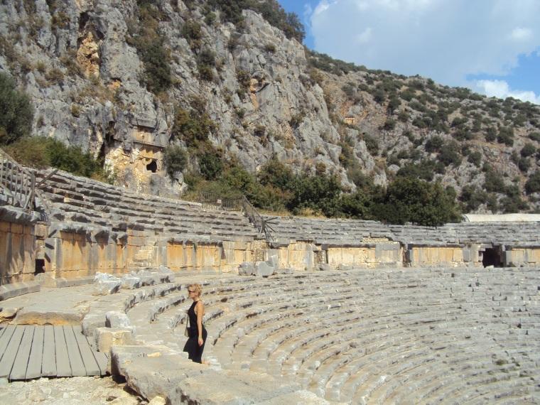 amfiteatru2