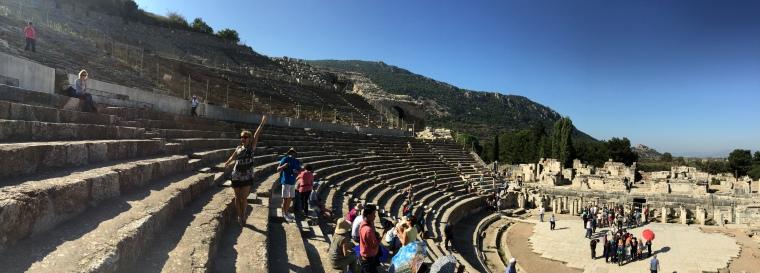Amfiteatrul Roman din Efes top obiective turistice