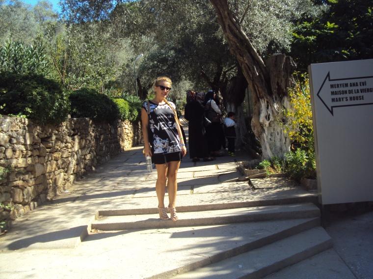 intrare la casa Fecioarei Maria din Efes