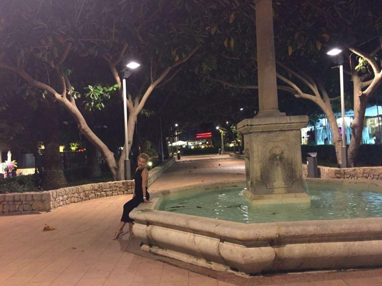 Puerto Portals by night