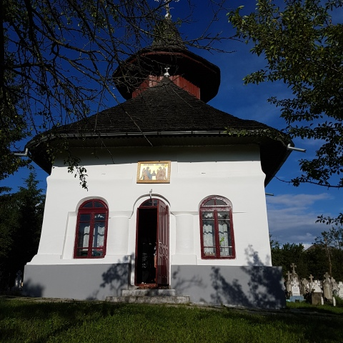 Biserica Stanesti Corbi