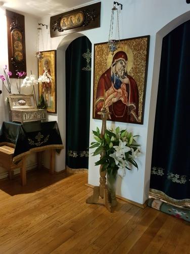 altarul de la Schitul Sf.Nectarie (2)