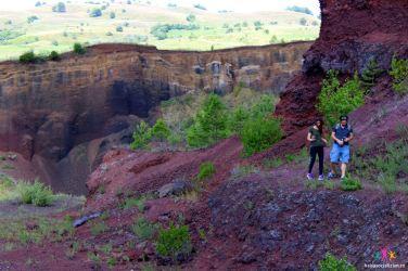 peisaj selenar in craterul vulcanului Racos