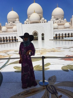 Moscheea Sheikh Zayed - top obiective turistice Abu Dhabi