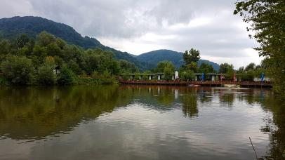 Casa Lazaroiu unde se poate pescui la munte langa Curtea de Argesi in Corbeni