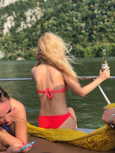 cazanele dunarii vazute din barca