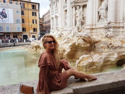Fontana di Trevi cea mai frumoasa fantana din Roma