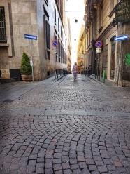 strazie care duc spre mare in Napoli