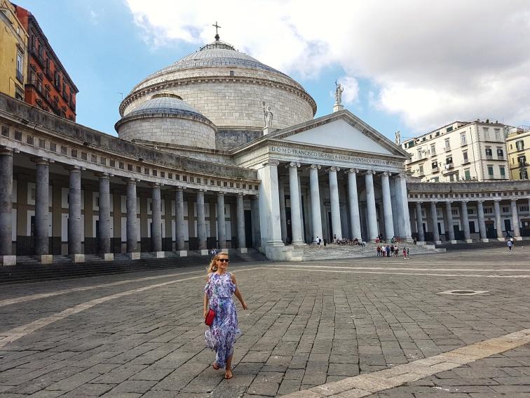 Top 10 obiective turistice Napoli Piazza del Plebiscito