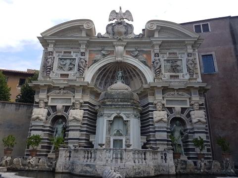 curiozitati villa d'Este orga hidraulica