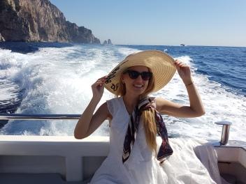 Faraglioni atractiile turistice din Capri