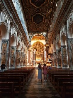 interiorul baroc al Catedraelei Sf Andrei Amalfi