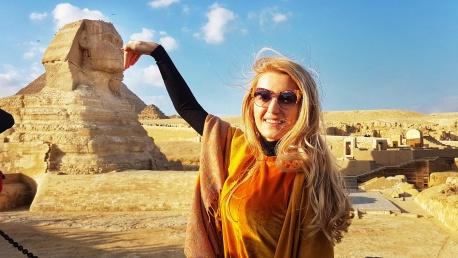 Sphinx principala atractie turistica a Platoului Giza Cairo Egipt