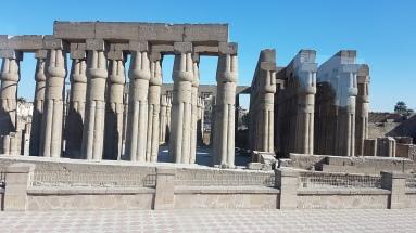 cele mai impresionante coloane