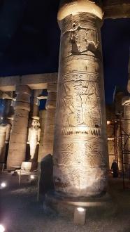 coloane impresionante templu Luxor