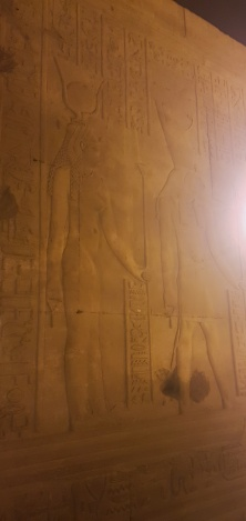 Hator si Horus