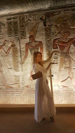 impresionantul mormant a lui Ramses al IIIlea Valea Regilor
