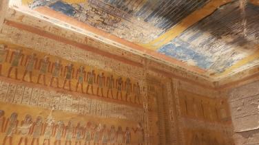 picturile impresionante din interiorul mormantului lui Ramses la IVlea