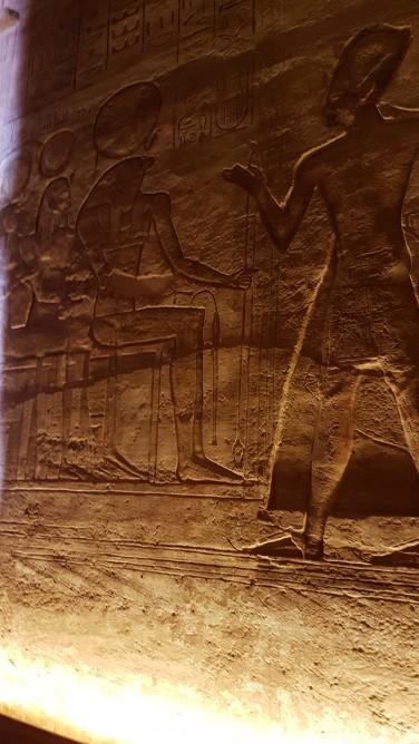 Ramsess al IIlea si Horus - Zeul Soim