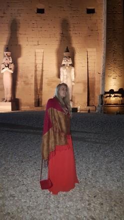 templul de la Luxor vazut noaptea