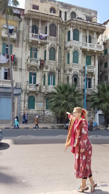 cladire din timpul dominatiei engleze din Alexandria Egipt