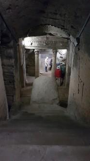 mormant in catacombele Kom El Shoqafa din Alexandria