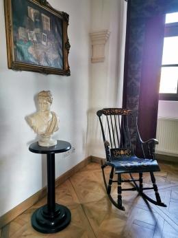 statuie si tablou baroc castelul Bethlen Haller