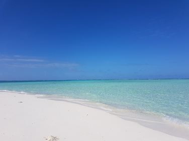 ce sa vizitezi in Maldive bancul de nisip