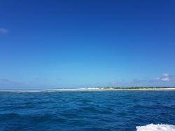 insule frumoase in Maldive cu banc de nisip