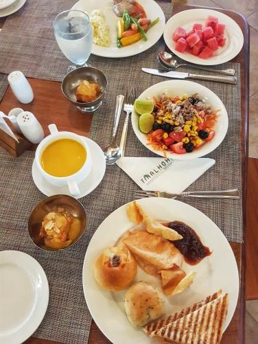 supa cremda de dovleac ce se mananca in Maldive Fihalhohi Island Resort