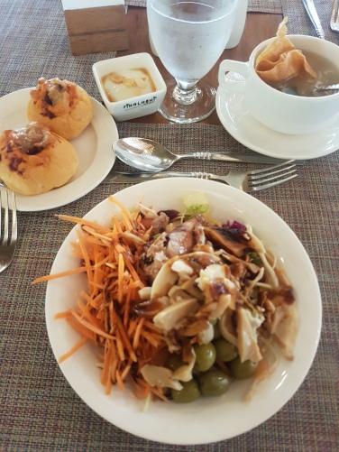 tuna salad FIhalhohi Island Resort